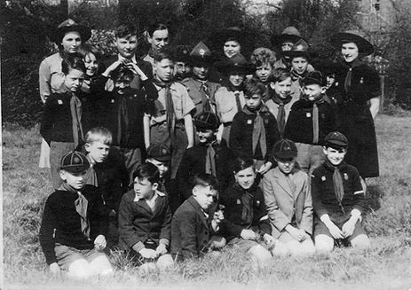 2nd Cheshunt Scout Group 1946-47001.jpg