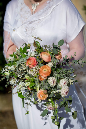 Wildly Beautiful Flowers Spring wedding