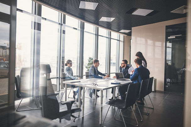 business-team-and-manager-in-a-meeting_1