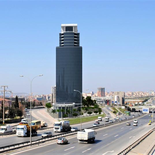 Kuriş Plaza