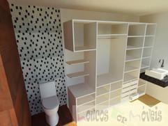 Sr. Renato - closet 004.jpg