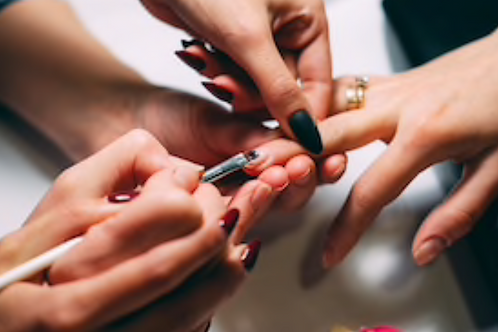 Priority Booking - Nail Technician Course