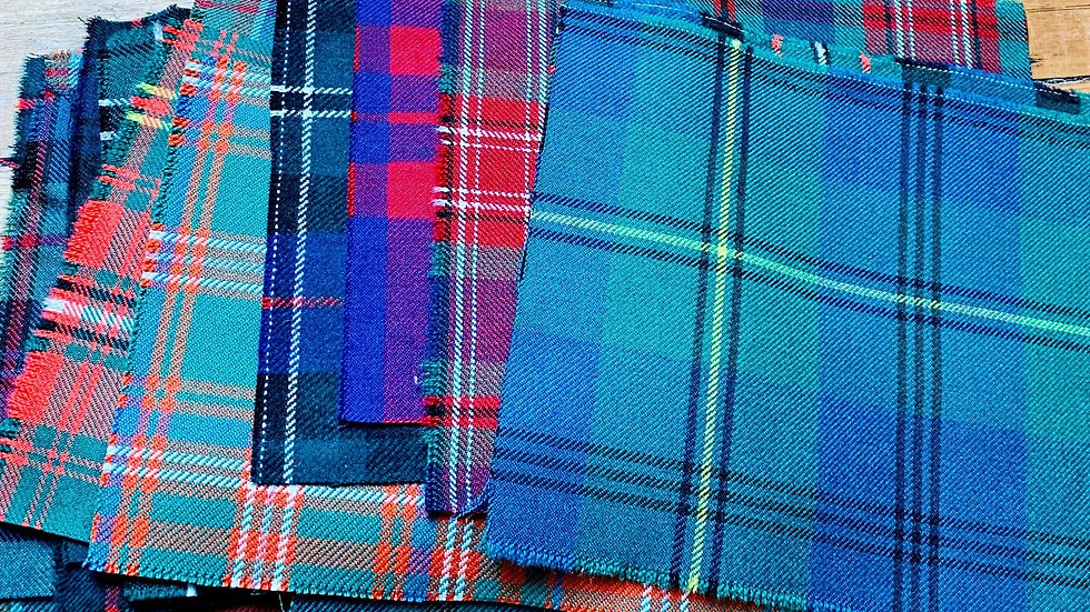 20 PATCHWORK TARTAN PIECES