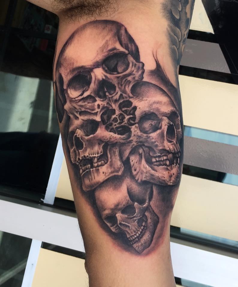 Skulls_Tattoo_by_Krystof_Bluenore_Tattoo_Las_Vegas_Best_Tattoos_Experience_Blues_LV