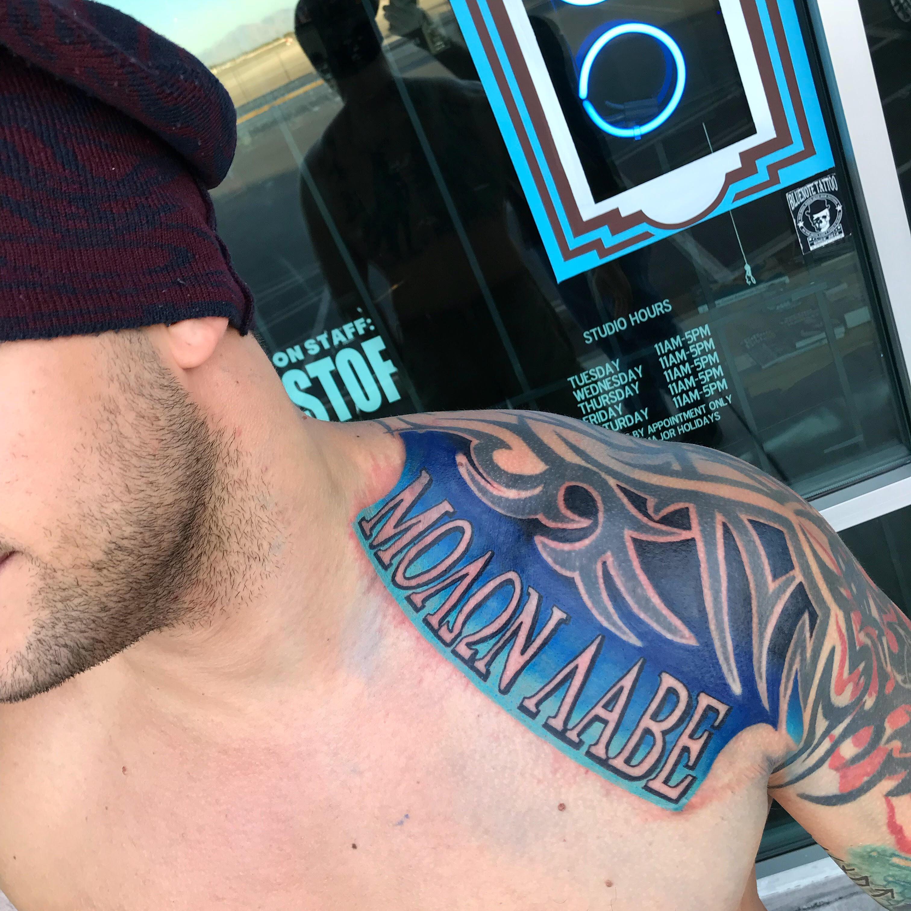 Molan Lobe tattoo by Krystof