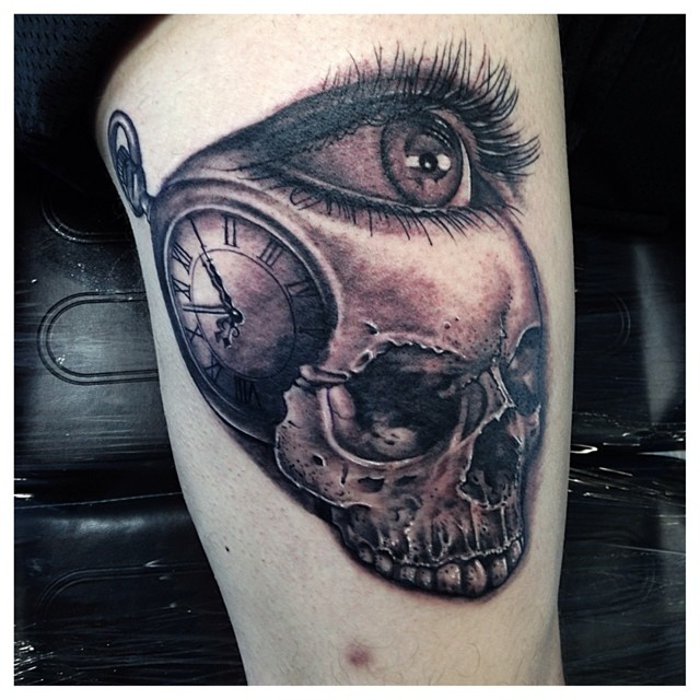 Skull Eye Clock Tattoo