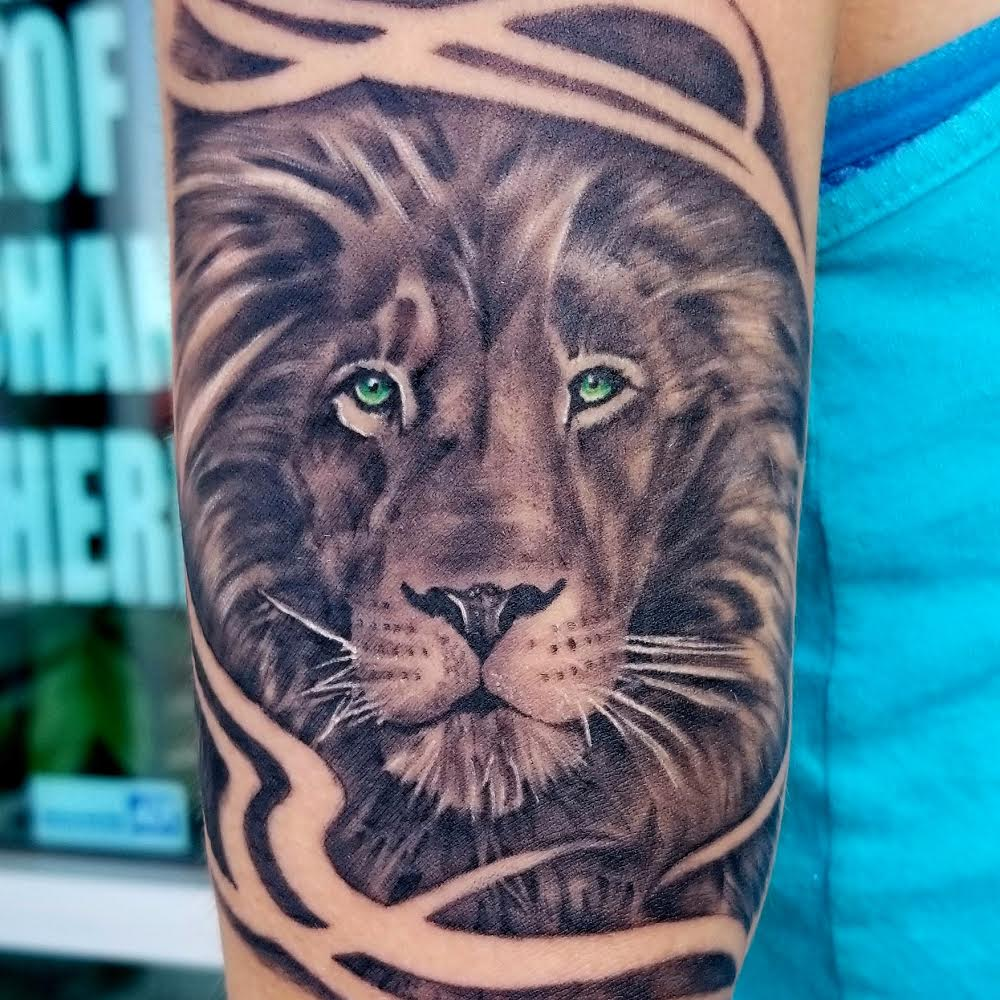Lion Tattoo by Eric Chandler