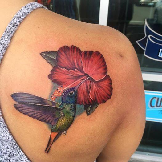 Hummingbird_Hibiscus_Tattoo_Krystof