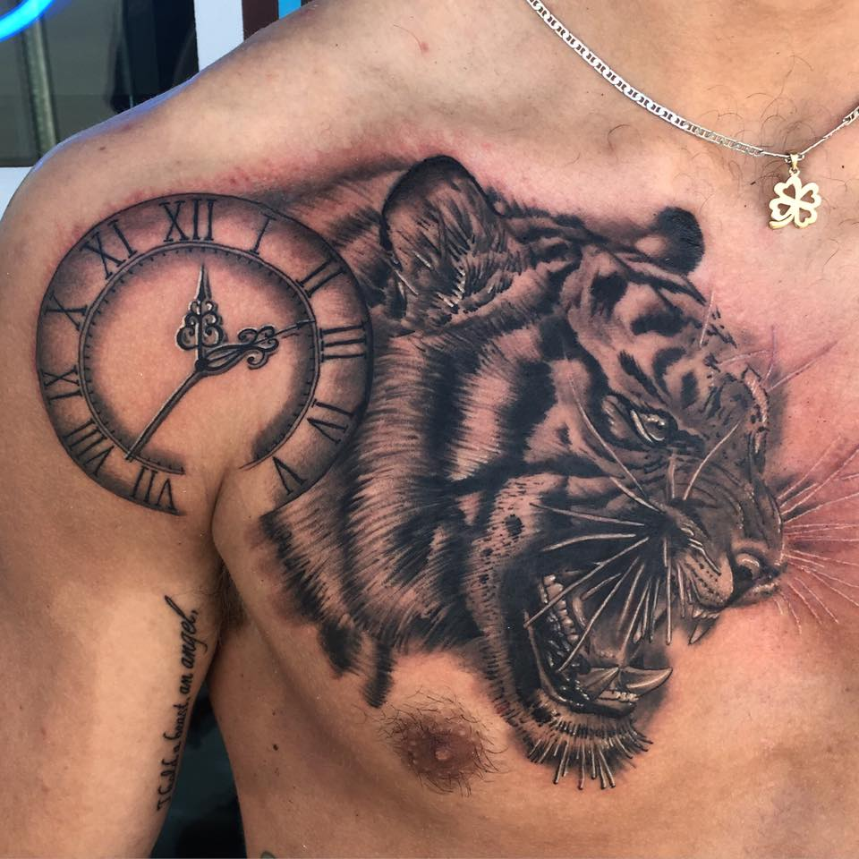 Tiger_Clock_Black_Gray_Tattoo_LV