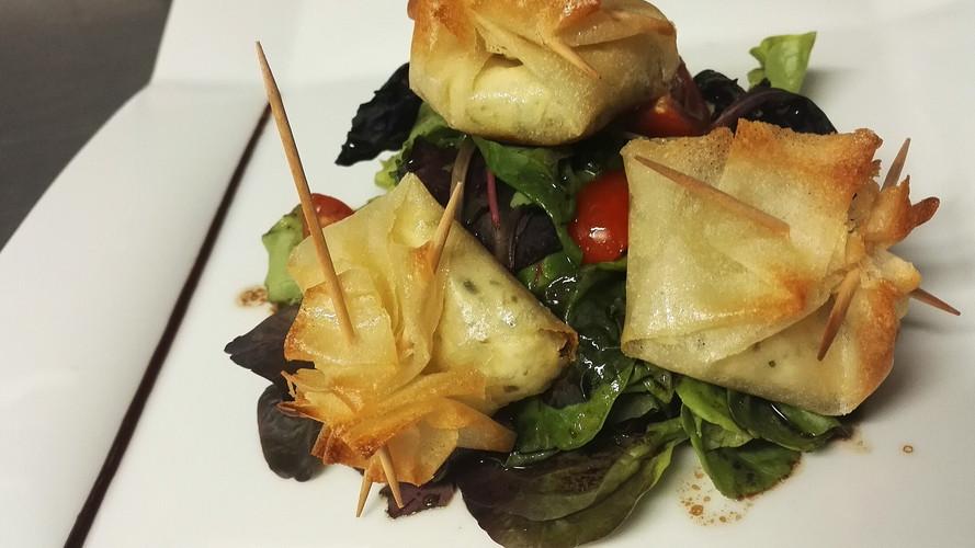Salade aux croustillants de chèvre