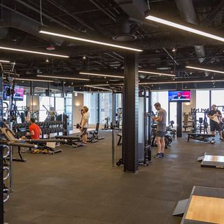 Willis Tower Fitness Center