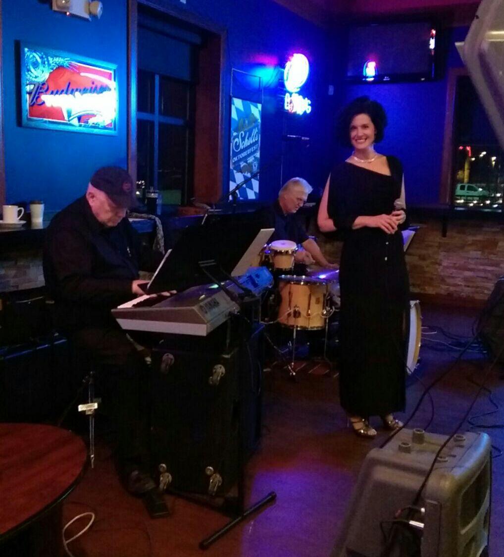Amy Manette Trio