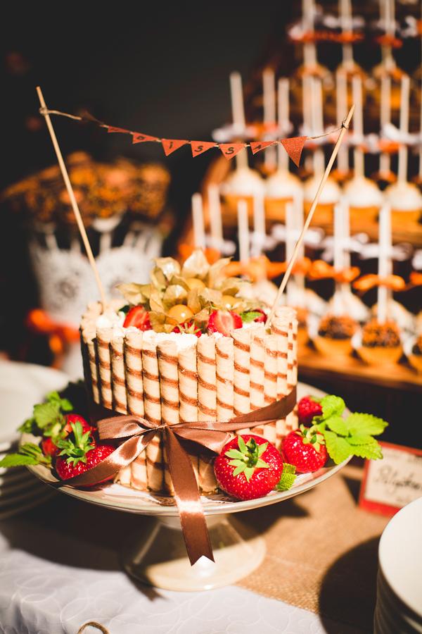 Pruutpaari tort