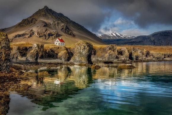 Arnastapi house - Iceland