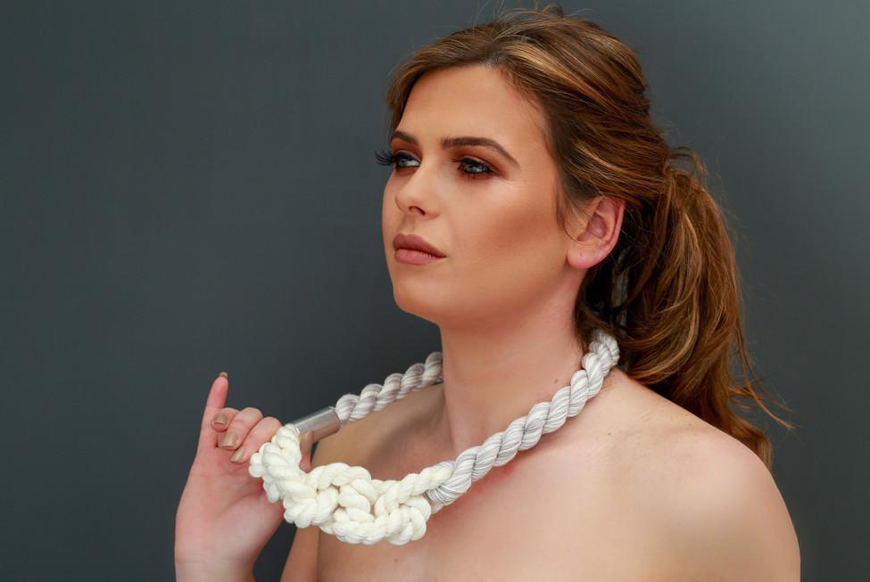 Lauren Taylor - Link Knot