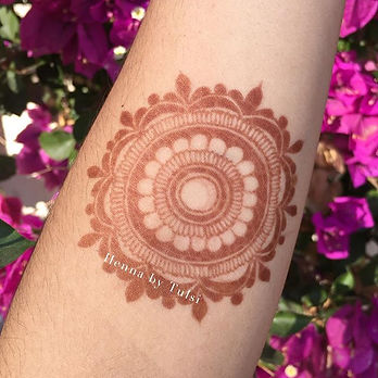 Henna stain on forearm after 2 days