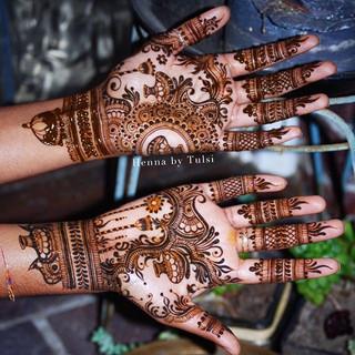 More pots _)_•_•_•_•_#henna #boho #hennaart #wakeupandmakeup #mehndi #mehendi #mehndidesign #hennadesign #design #henne #7enna #photooftheda