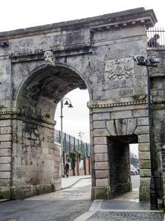 Bishop's Gate. Derry City Wall.