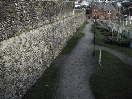 Footpath, Fountain District. Derry City Wall