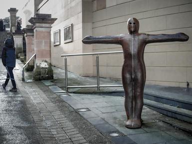 Antony Gormley, Sculpture for Derry