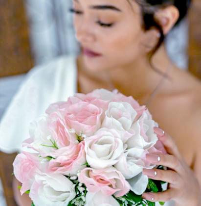 Amazon seller bouquet photo shoot