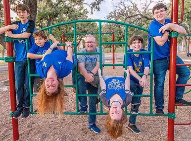 Family photo shoot portfolio shoot with the Lasch family in Lago Vista TX new road studios