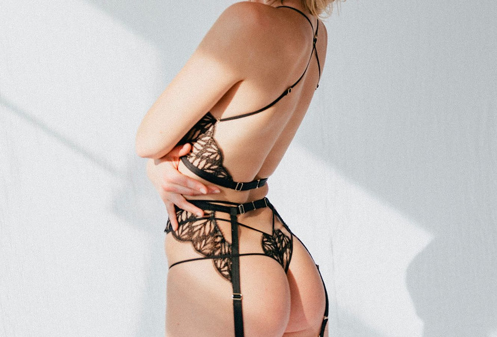 Sphinx Lace Thong - Tisja Damen - Killed in Action Niche Lingerie Store - handmade