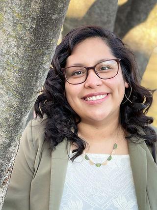 Thelma Razo, LSW Bicultural Therapist
