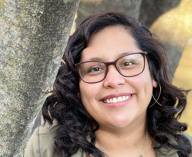 Thelma Razo, LSW Bilingual and Bicultural Therapist