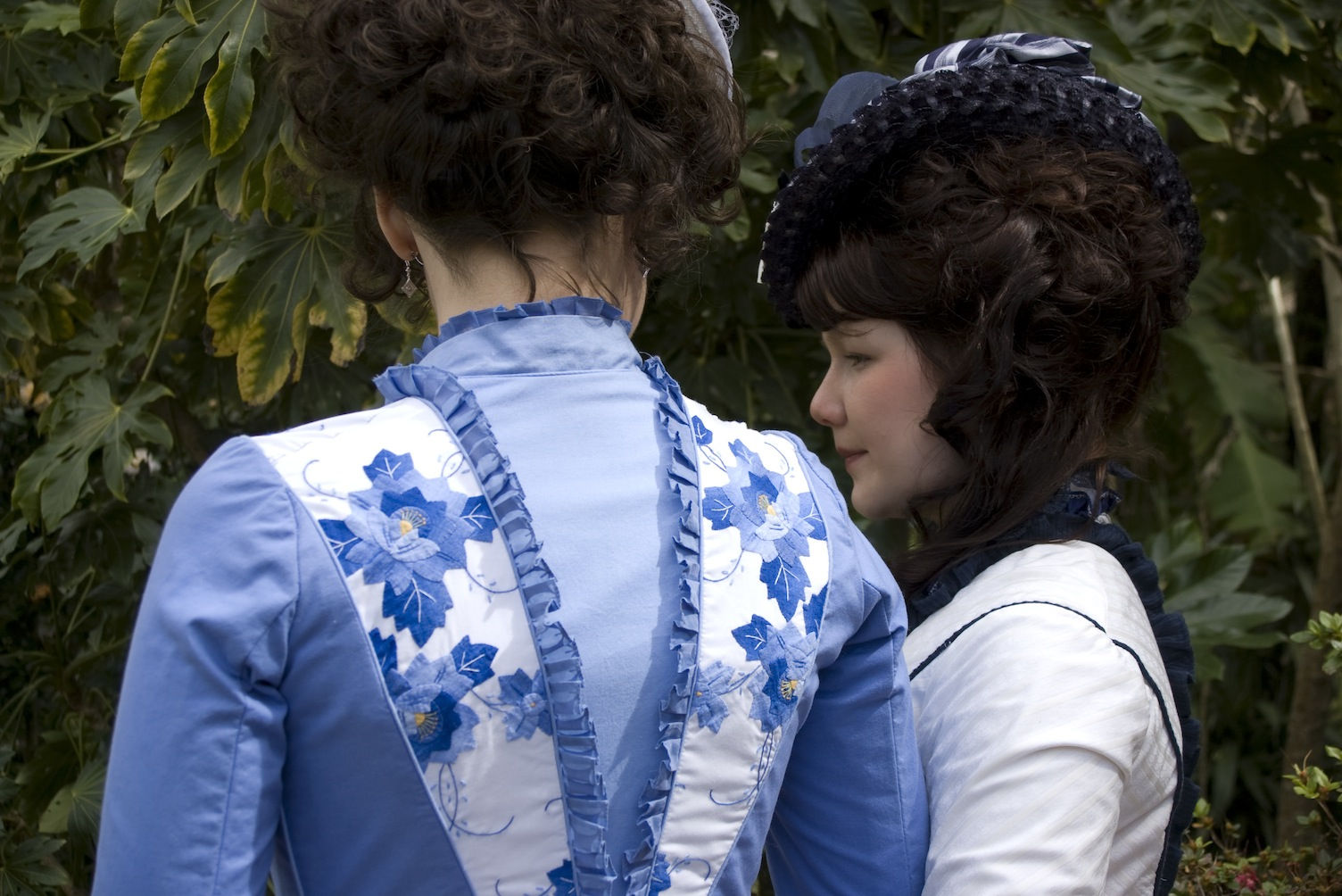 1880s Tissot-inspired Bustle Project