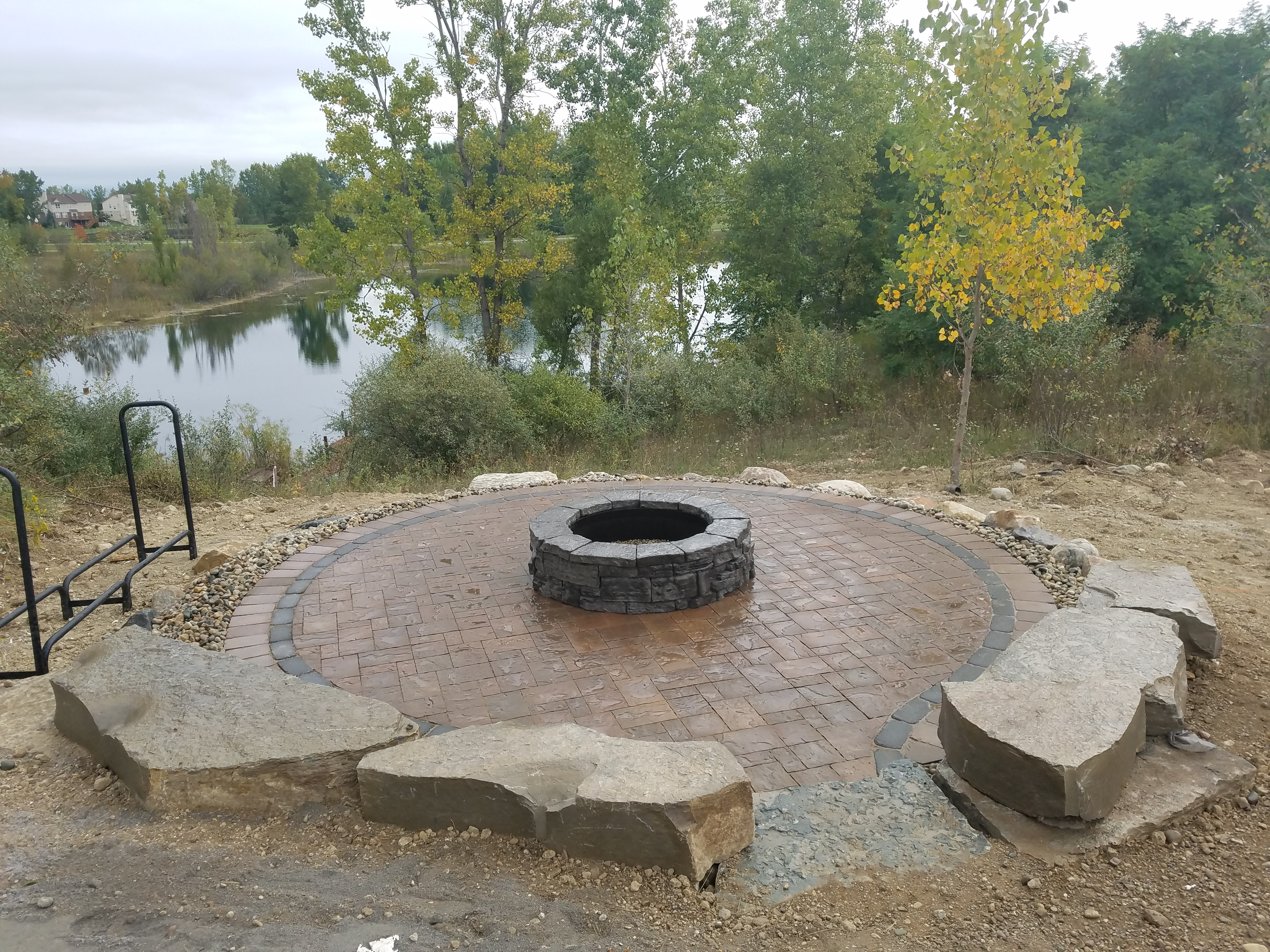 Fire Pit Entertaining Area