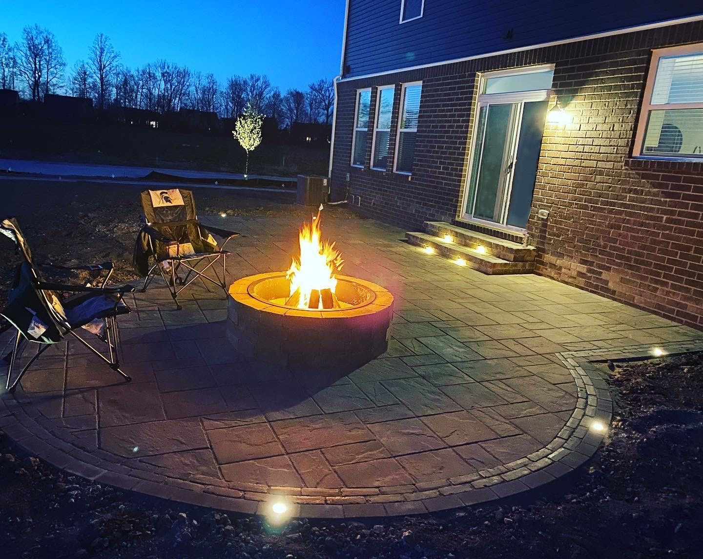 Patio- Fire Pit - Accent Lighting