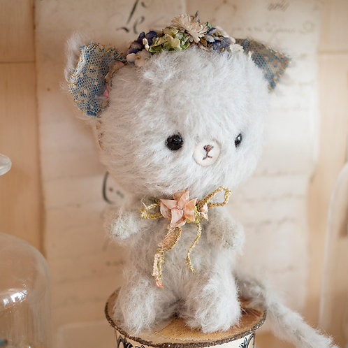 Flower Crown Kitty(Antique Material Series)