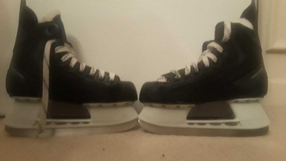 Reebok Ribcore 22K Youth Hockey Skate Size 4