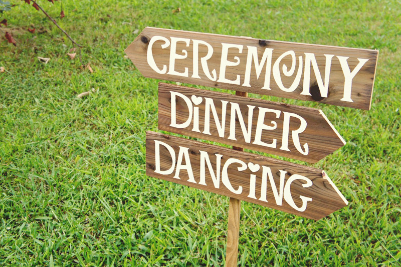 outdoor wedding signs ideas