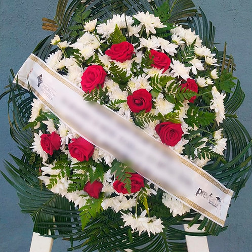 Coroa Oval - Flores do campo com 10 Botões de Rosa (cor que desejar)