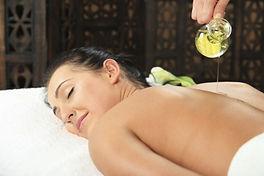 Grand_massage_ayurvédique_aux_huiles_cha