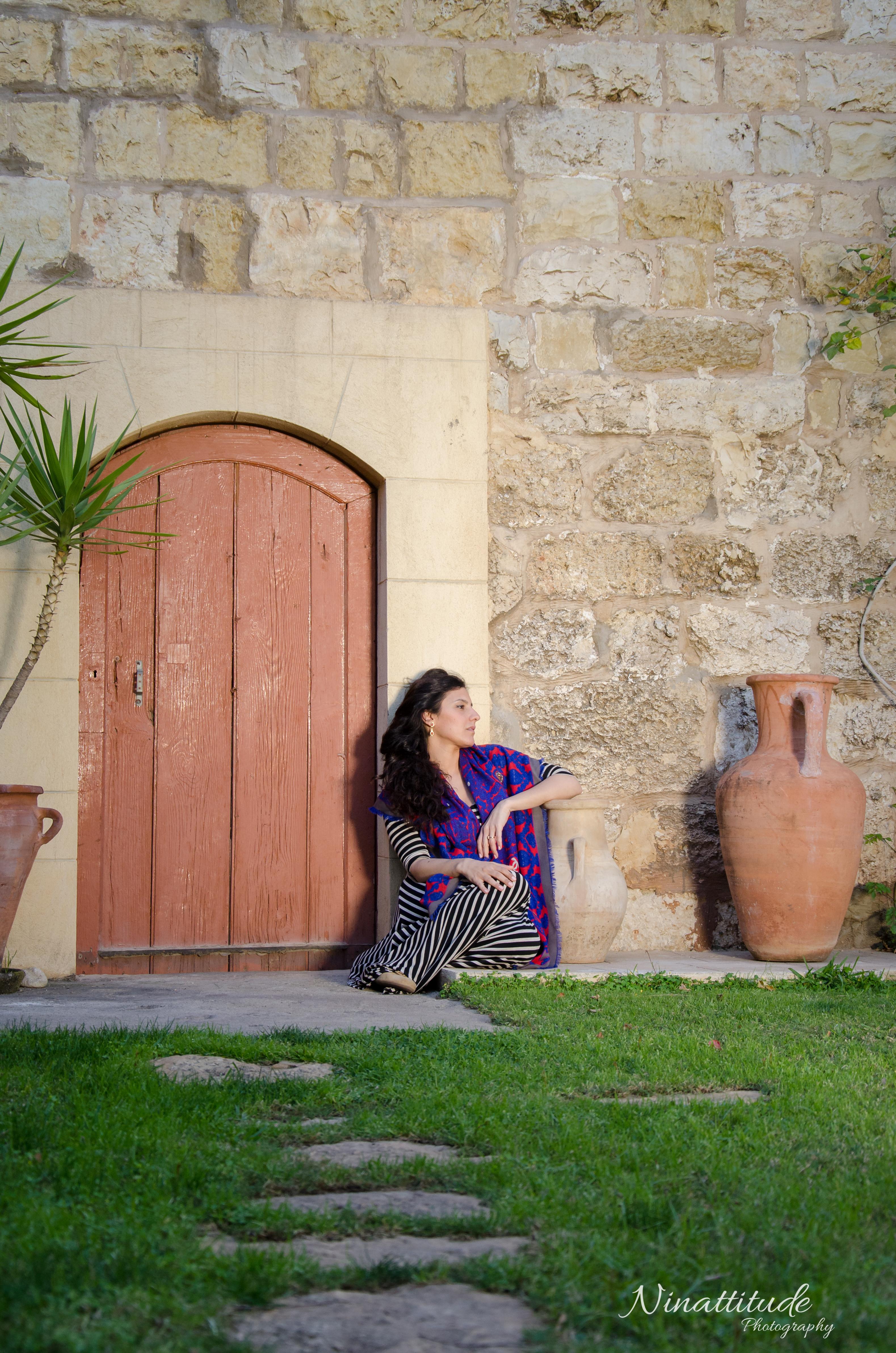 Ninattitude - Lori La Armenia