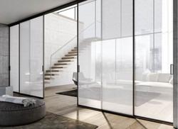 vetrata trasparente