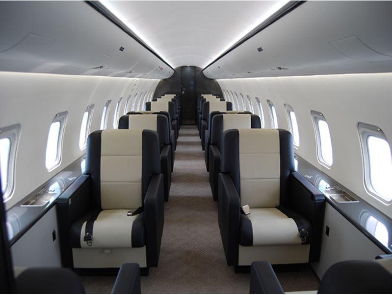 CRJ-200LR_Seat