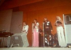 1973Fan_foto2.jpg