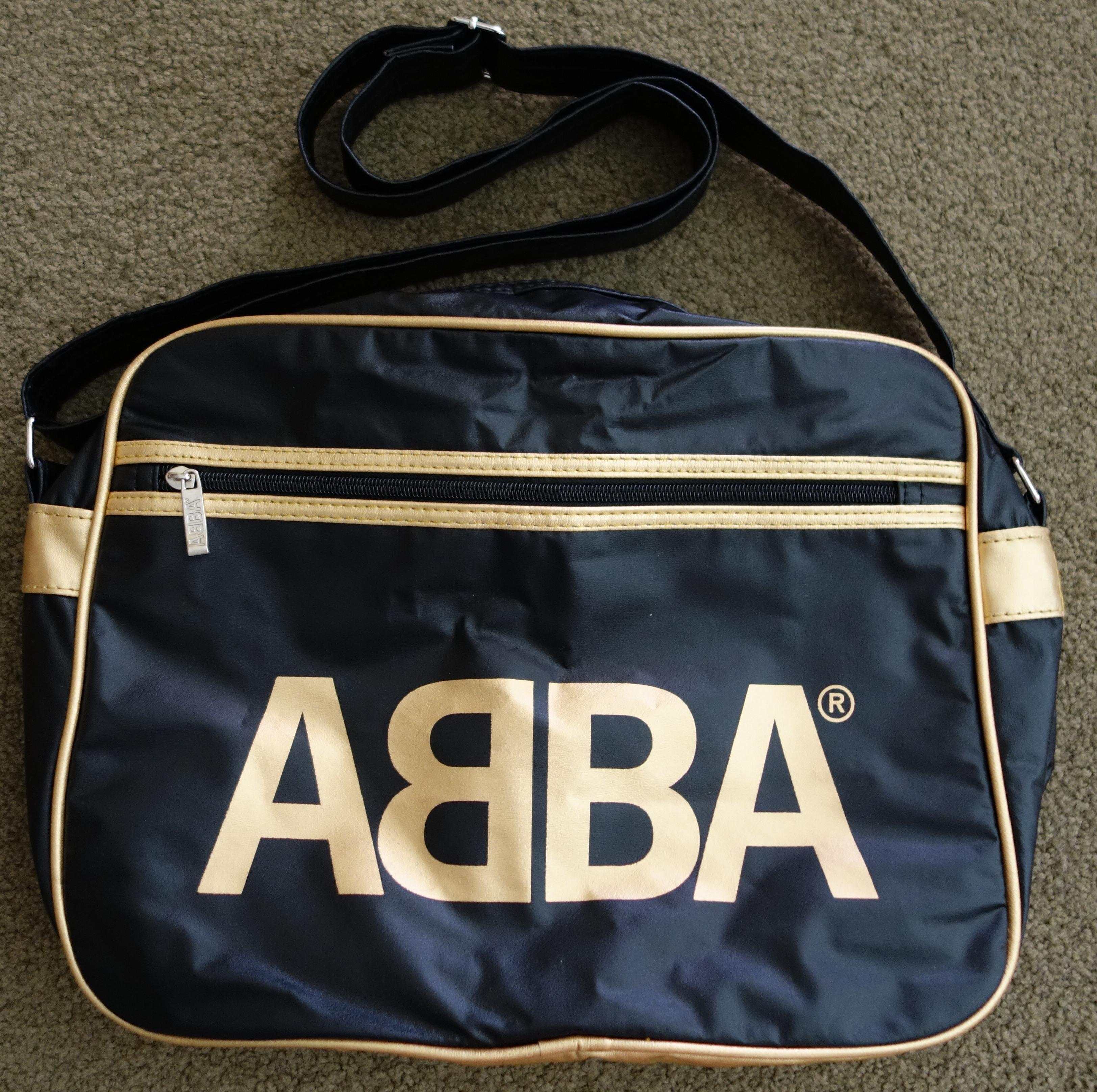 retro bag - black and gold.jpg