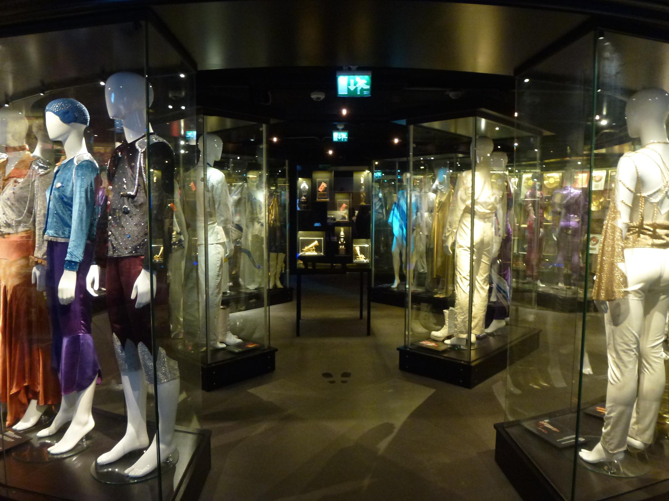 abba-the-museum-costume-gallery.jpg