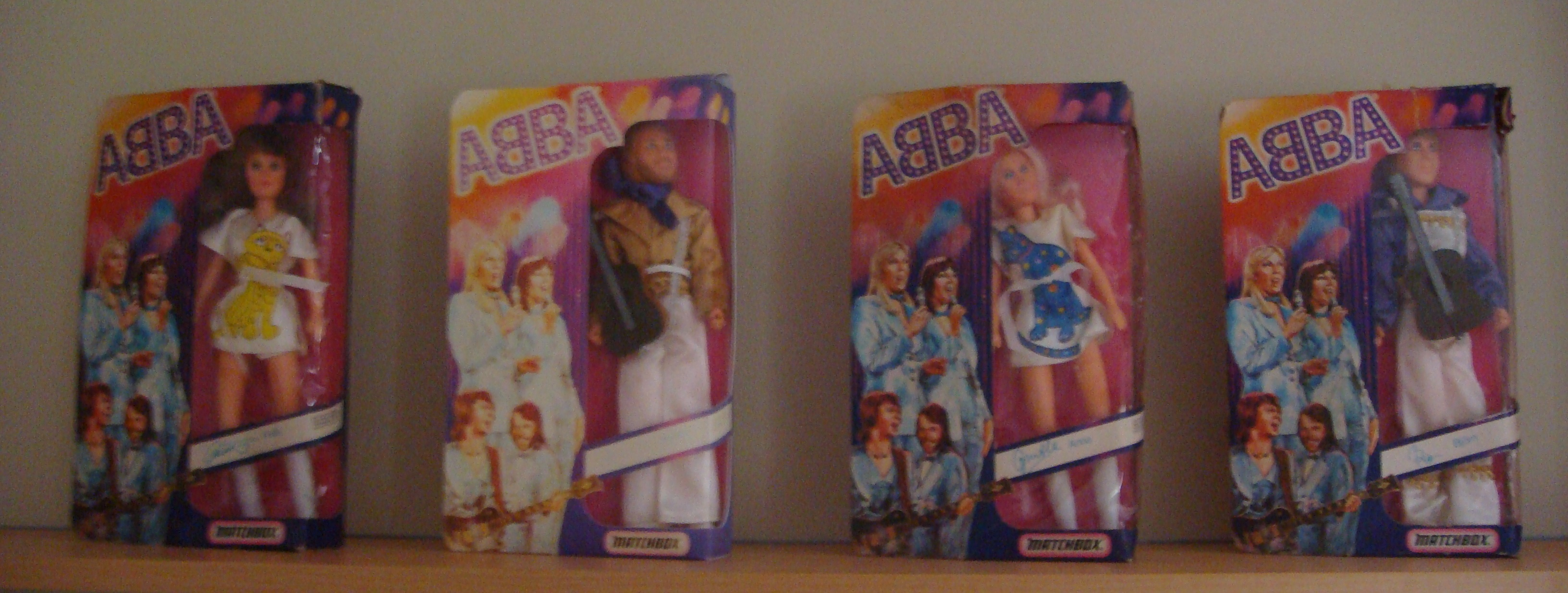 set of 4 dolls.jpg