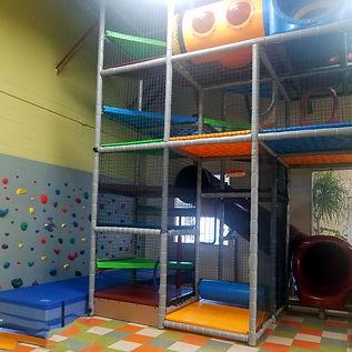14-foot-tall-indoor-playground-01.jpg