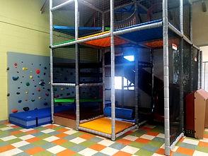 14-foot-tall-indoor-playground-02.jpg