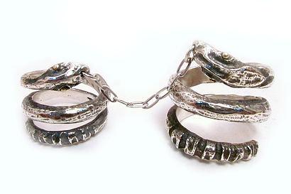 Double One Finger Snake Charmer Ring