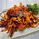 L7. 오징어 볶음 Ohjinguh Bokkum (Spicy) (辣炒章魚)