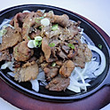 B5. 돼지불고기 바베큐 Pork bulgogi BBQ   (韓式鐵板豬肉)