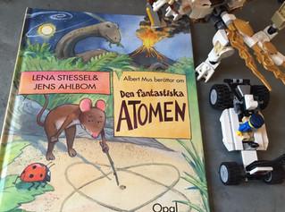 Book tips - Albert Mus berättar om den fantastiska atomen